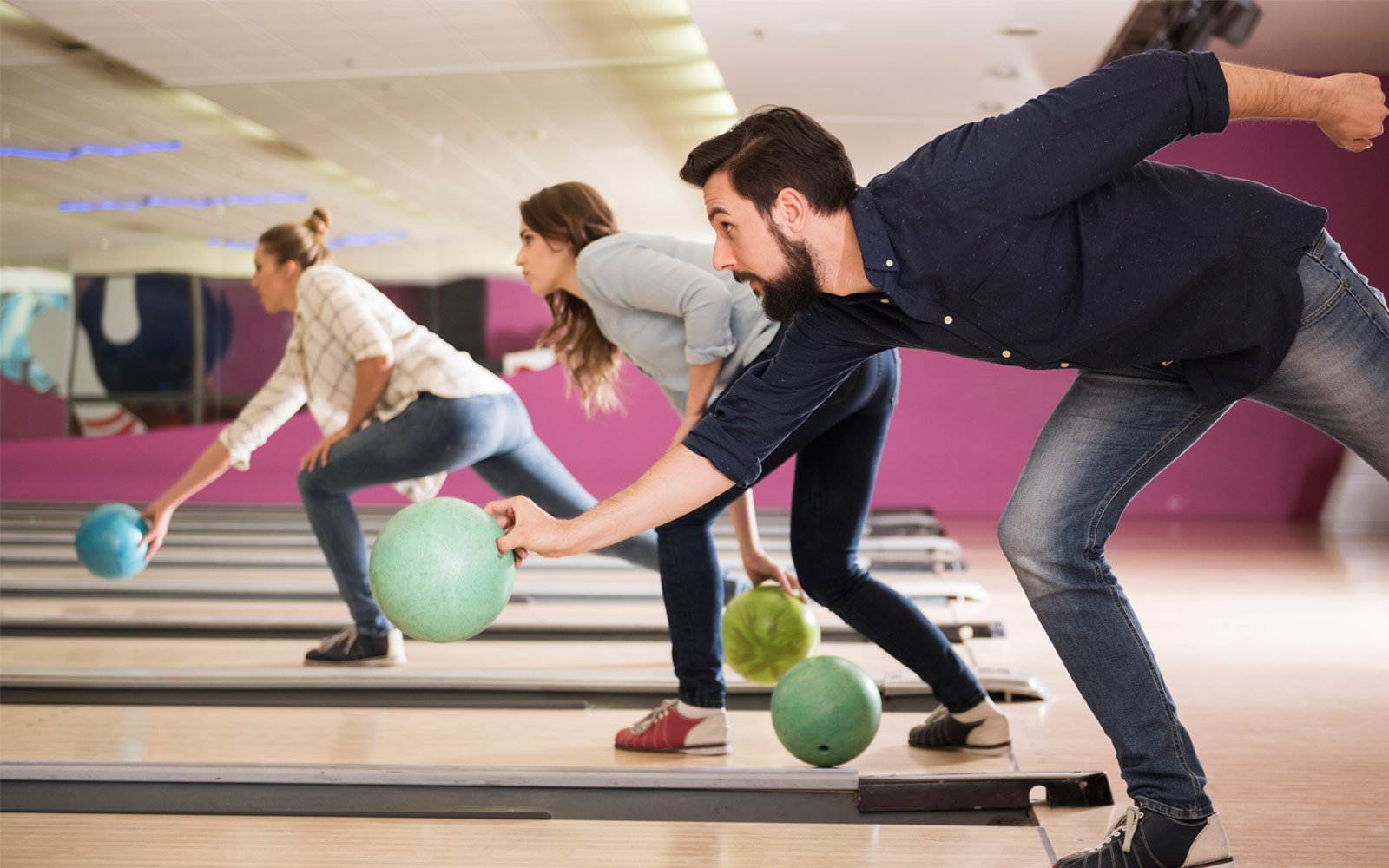 Types of Bowling Balls: Ultimate Guide for 2021