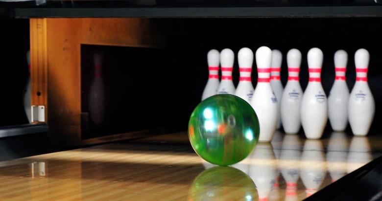 Viper Bowling Ball
